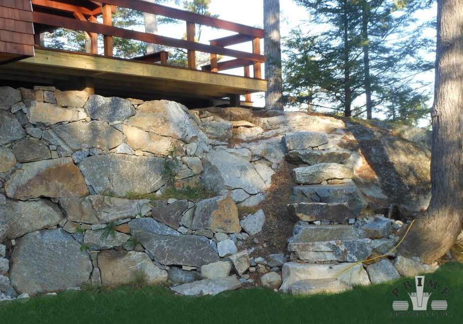 Freestanding Rock Wall Design & Construction | Prime Construction