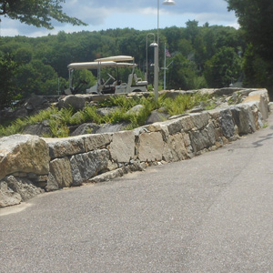freestanding rock wall