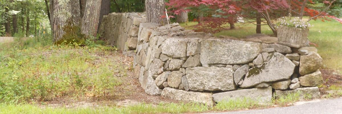 freestanding natural rock wall